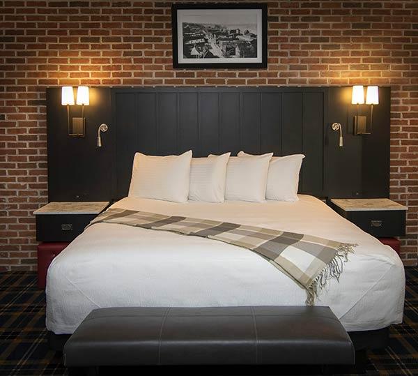 Stillwater MN Hotel Room at the Water Street Inn